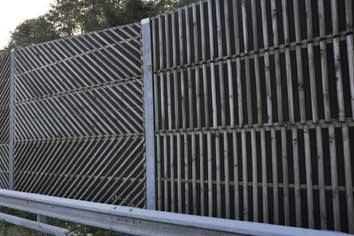 Zajvédő- és madárvédő falak